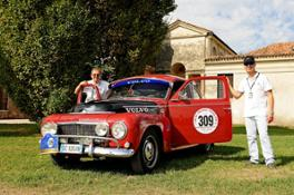 167433_Margiotta_Perno_Volvo_PV544_terzi_classificati_al_GP_Nuvolari_2015