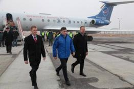 Tim_arrives_in_Baikonur