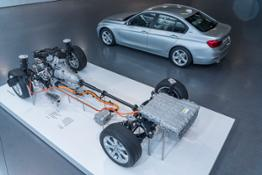 BMW 330e Exponat Antriebsstrang On Location