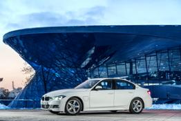 BMW 330e On Location
