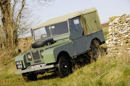 Historic vehicle images_Series Land Rover and Defender