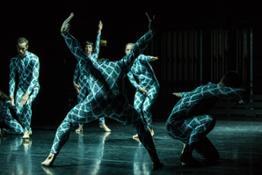 Quantum Dance Gilles Jobin - Juilius von Bismarck - photo by Gregory Batardon