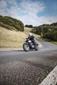 Bonneville T120 - Riding