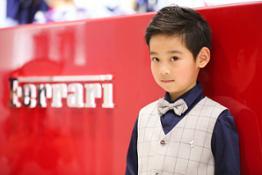 160032-cor-Ferrari-Store-Junior-Shanghai