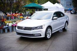 volkswagen_returns_for_a_new_season_of_food_network_star_6116