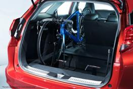 74546 Honda launches In Car Bicycle Rack for Civic Tourer