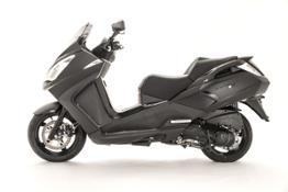 Satelis 125cc Black Edition Indoor