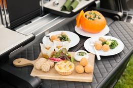 Bentley creates luxurious seasonal picnic hamper for Linley Hamper by Mulliner 04