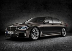 Studio BMW M760Li xDrive