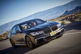 Scenic Drive BMW M760Li xDrive