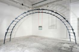Giovanni Termini, Zona franca, 2006, ferro zincato, vetro, acciaio e fasce in nylon, cm 300x600x110