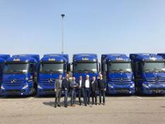 Mercedes-Benz Trucks (1)