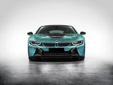 P90253663 highRes bmw-i8-with-coachell