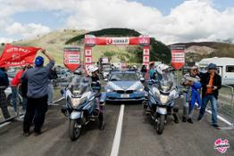 2016 - BMW Motorrad al Giro d'Italia con una pattuglia di 27 BMW R 1200 RT in dotazione alla Polizia Stradale
