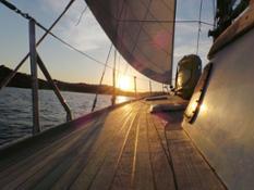 sailsquare boat 2