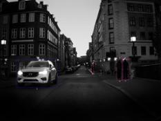 210261 Volvo s new XC60 becomes camera in the hands of Pulitzer Prize winning