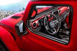 171108 Jeep Nuova-Wrangler 01