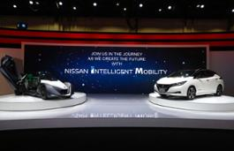 Nissan Dubai show - Photo 01-source