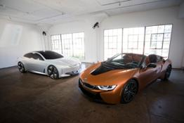 Photo Set - The new BMW i8 Roadster and the BMWi Vision Dynamics.