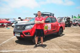 01 Nissan Navara al Rally Dakar