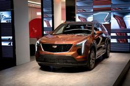 2019-Cadillac-XT4-012