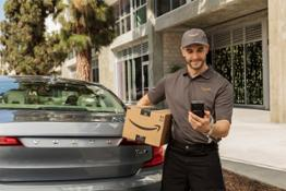 227710 Volvo Cars adds in-car delivery by Amazon Key to its expanding range of