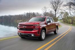 2019-Chevrolet-Silverado-RST-025