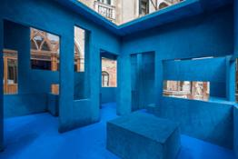 Alcantara Multiforms Work for Alcantara, Blue Chair Krijin de Koning 02