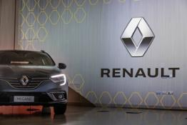21210883 CS- Il rinnovamento e la semplificazione della gamma passa per Renault