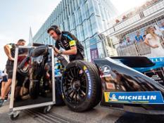.. albums PRESS 03 COMPETITION Competition-Auto FIA-FORMULA-E 2017-2018 10-ZURICH PANA1402