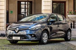 21211916 CS- Renault continua a rinnovare con la GAMMA TRASVERSALE BUSINESS per la
