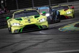 Aston Martin Racing  Le Mans (12)