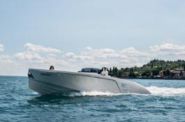 Frauscher Boat Limousine Lefey Resort & Spa version (8)