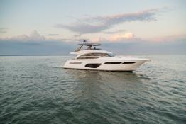 f70-exterior-white-hull-16