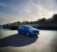 FORD 2018 FOCUS ST-LINEdef  04