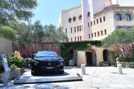 15015-MaseratiSummerExperience2018LevanteMY19ondisplayathotelCaladiVolpe
