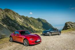 2019MX-5 Family-7 hires