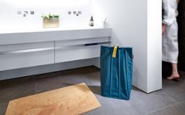 PB4009 laundrybag-L petrol reisenthel Web FA 02