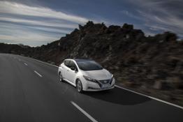 426214053 Nuova Nissan LEAF l auto elettrica a zero emissioni pi venduta al mondo con