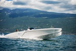 Frauscher Boat Limousine Lefey Resort & Spa version (21)