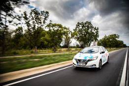426235510 Nissan LEAF powers marathon across Europe