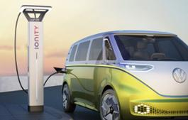 Volkswagen Accelerates E-Mobility for the Masses-Large-8892