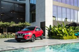 QASHQAI - New HR13 Engine - Static Red 1-source