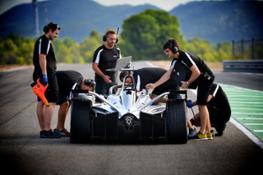 04 Nissan to make official on-track Formula E debut