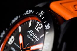 Alpina AlpinerX Details Rotating Bezel