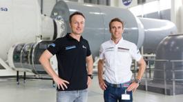 1020891 matthias maurer astronaut timo bernhard racing driver l r european astronaut centre cologne 2018 porsche ag 1