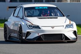 CUPRA-creates-a-new-path-in-the-TCR-series 002 HQ