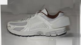 HO18 NikeACW Vomero white side reveal 002 82953