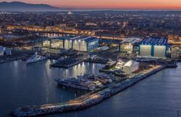 Il cantiere Benetti di Livorno