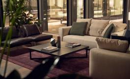 Hilton Come Lake-Glass Cube-Details- 04-